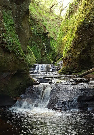 Waterfalls at Devils Pulpit